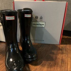 Hunter short rain boots black gloss size 9